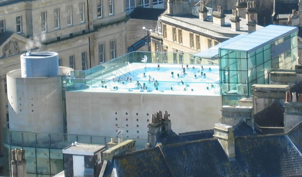 Thermae_Bath_Spa_rooftop_pool